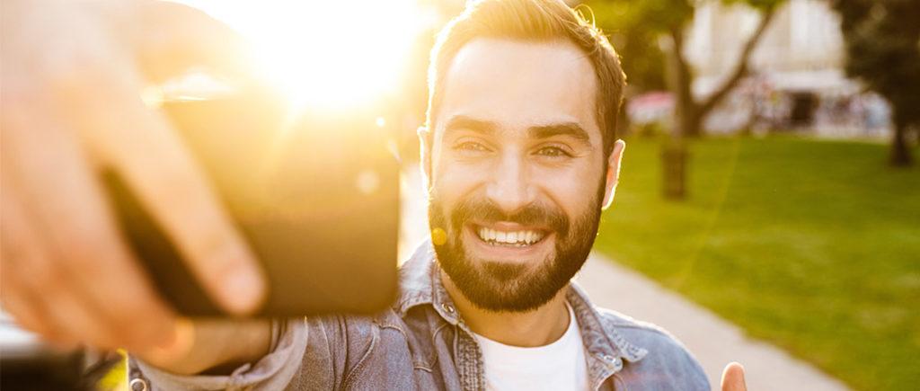 Depression bei Mann: Wieder Freude finden | © Drobot Dean - stock.adobe.com