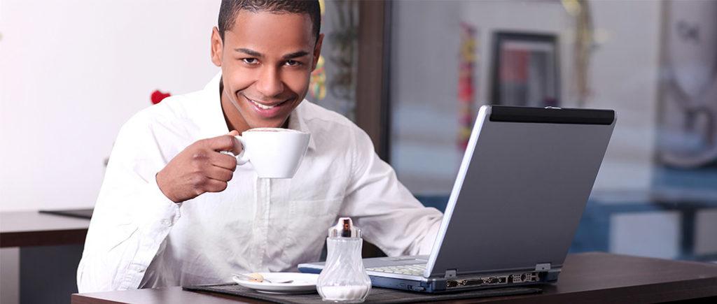 Kaffee und Koffein stärkt das Gedächtnis | © Peter Atkins - stock.adobe.com
