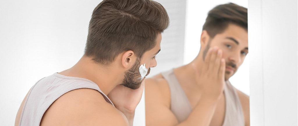 Richtige Hautpflege nach der Rasur | © Africa Studio