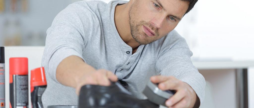 Richtige Schuhpflege für Männer | © photophonie - stock.adobe.com