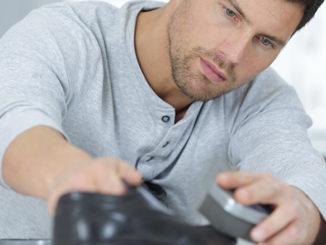 Richtige Schuhpflege für Männer | © auremar - stock.adobe.com