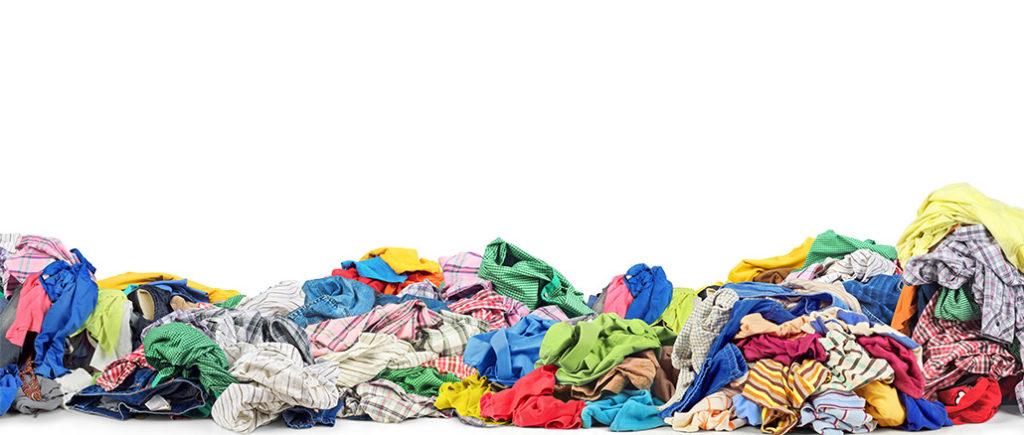 Ein Berg Schmutzwäsche für Männer | © sveta - stock.adobe.com