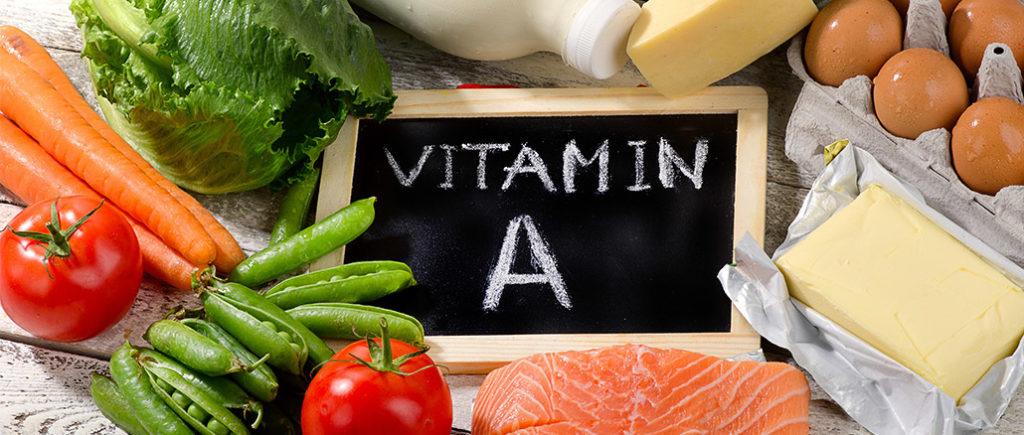 Vitamin A - Retinol für den Mann als Nahrungsergänzung | © bit24 - stock.adobe.com
